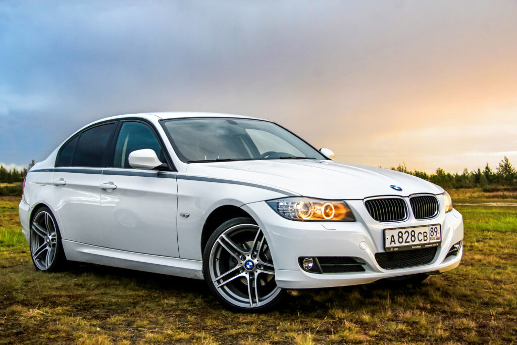 buy a used bmw car_content