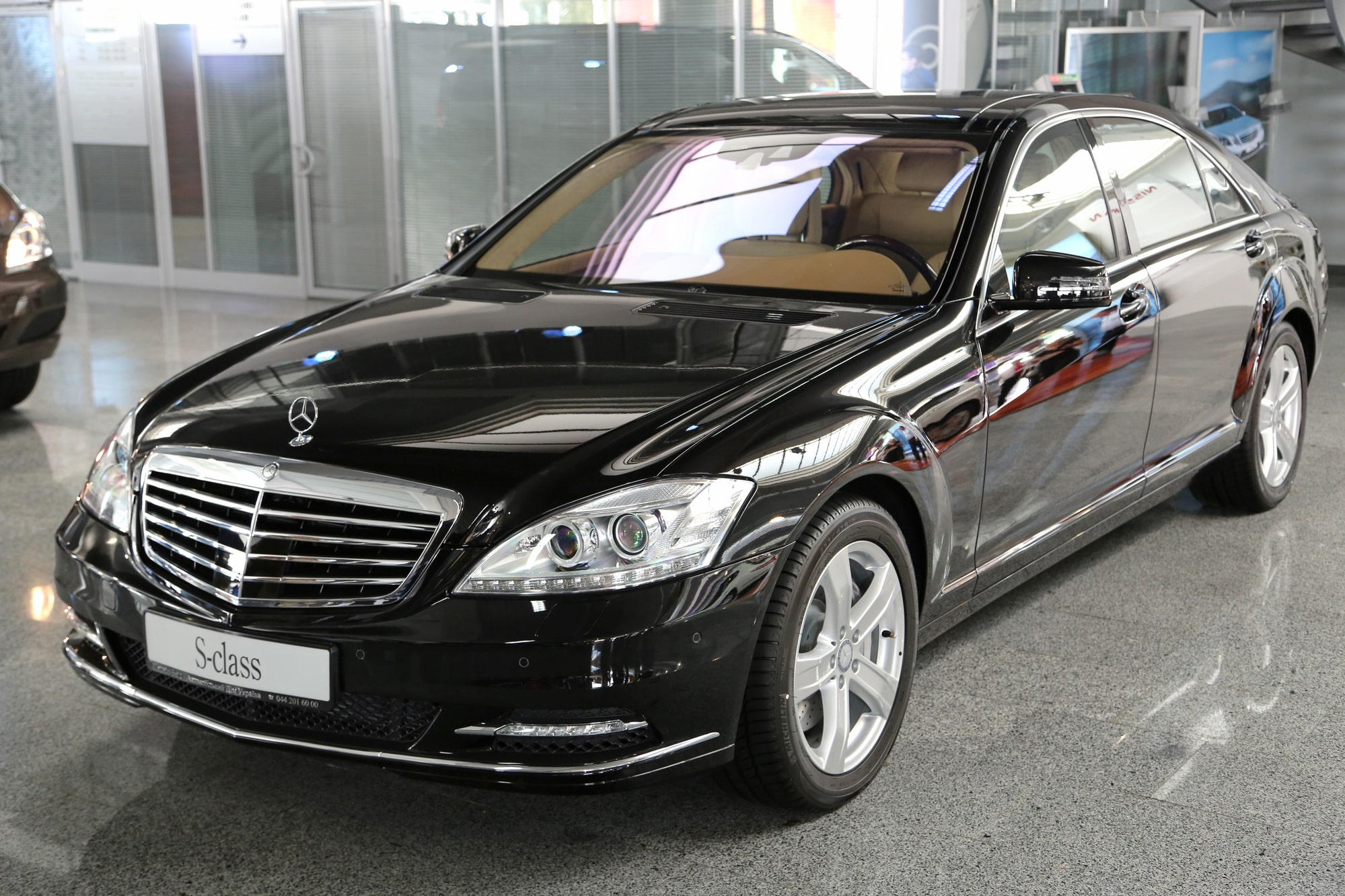 reliability of used luxury car